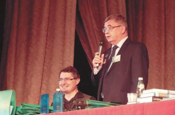 Секретарь жюри А. Первушин и председатель жюри А. Железняков