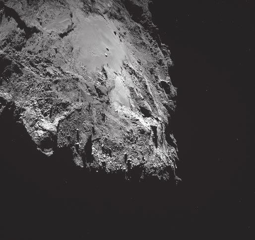 Рис. 2. Изображение равнины Имхотеп с валунами, полученное широкоугольной камерой OSIRIS 16 марта 2016 года, когда «Розетта» находилась в 14,4 км от кометы 67P / Чурюмова — Герасименко. Масштаб — 1,36 м на пиксель. Фото ESA/Rosetta/MPS for OSIRIS Team MPS/UPD/LAM/IAA/SSO/INTA/UPM/DASP/IDA