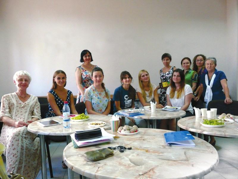 Черноморский национальный университет. Автор с коллегами и студентами во Французском культурном центре