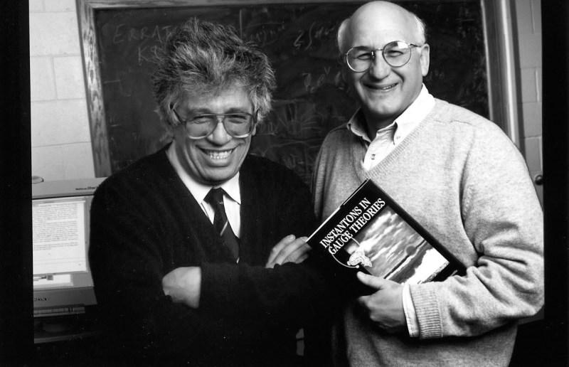 Михаил Шифман и Аркадий Вайнштейн. Фото FTPI