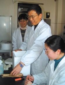 Биологию в Китае развивают с опорой на собственные силы, но с привлечением лучших ученых из разных стран