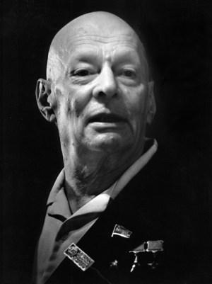 Дядя Анатолий Петрович Александров (1903–1994). Президент АН СССР (1975–1986)