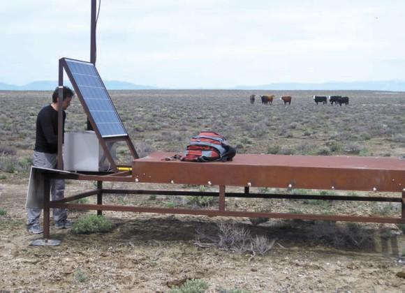 Текущий ремонт сцинтилляционного детектора наземной решетки. Фото О. Калашева