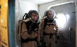EVA-2 (второй выход на поверхность 23 апреля)