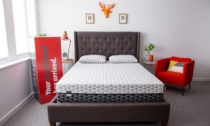 Layla mattress + 2 FREE pillows