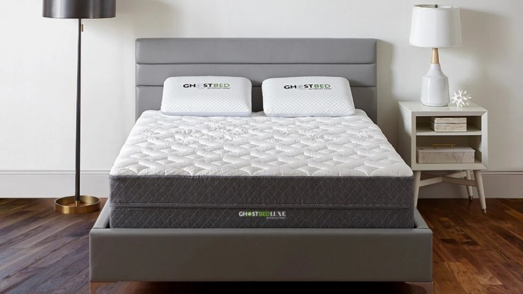 Try Any Mattress of Your Choice RISK-FREE @ Home W/ Free Delivery ghostbed-luxe-cooling-mattress-1280x720-1 GhostBed Mattress Comparison (27% Off + 2 Free Pillows)