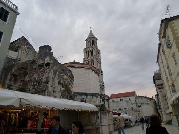 スプリット旧市街にある聖堂の鐘楼