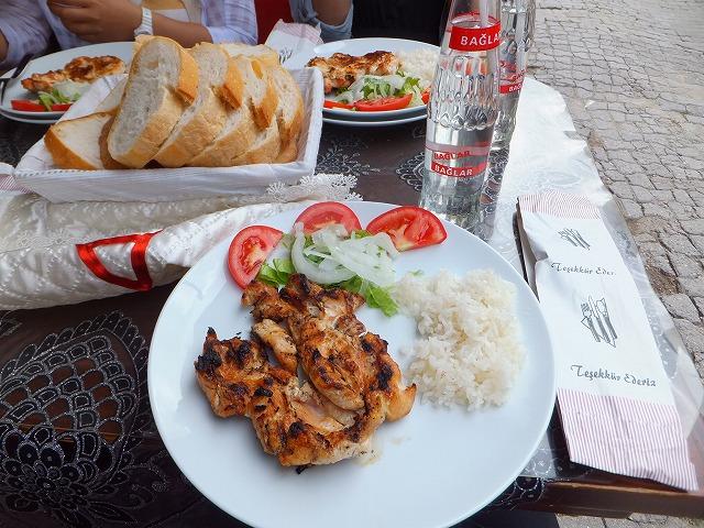 チキン&ライスとサフランボルジュース
