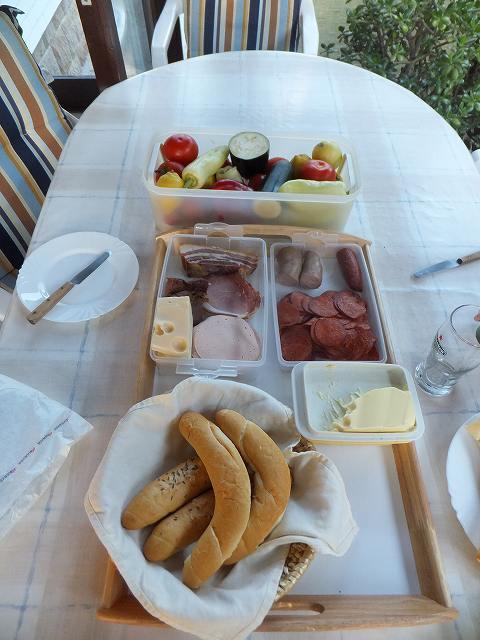 ハンガリーご家庭の夕ご飯