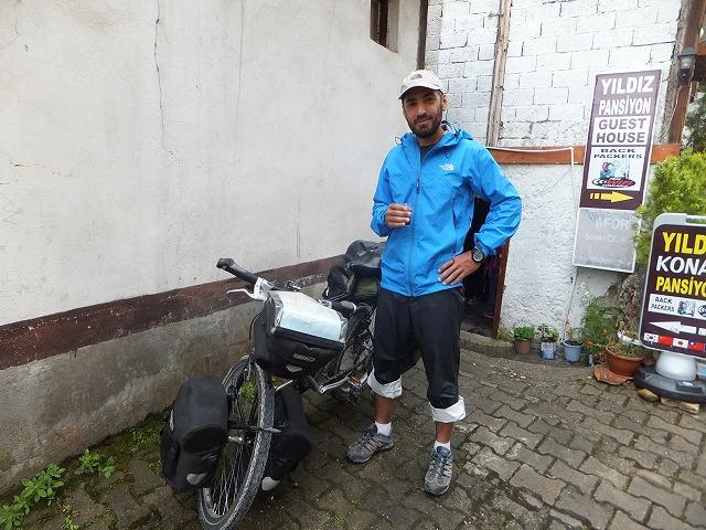 自転車でトルコを抜けるらしい