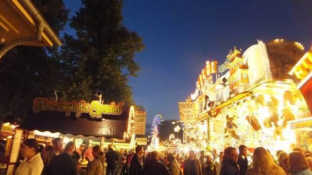 ドイツの移動式遊園地&フェスティバル