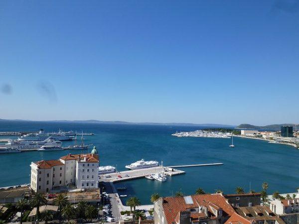 スプリット大聖堂の鐘楼からのアドリア海の景色!