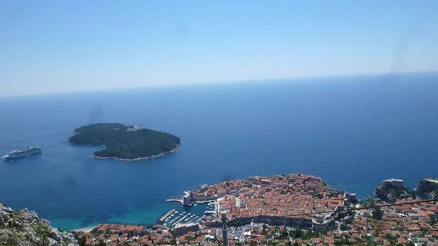 スルジ山から眺めるドブロブニク&アドリア海の景色