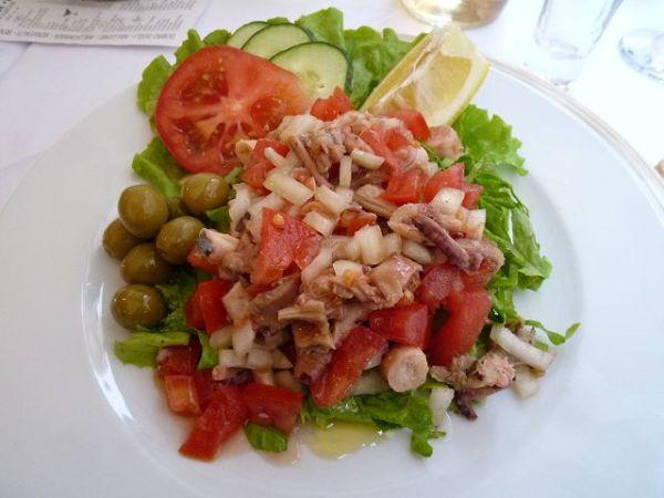 クロアチア定番のたこサラダ