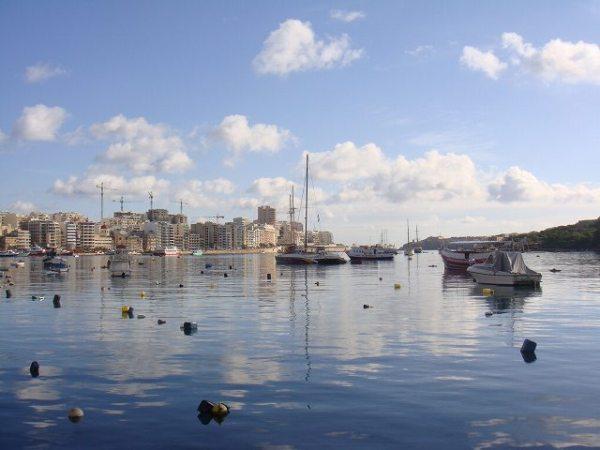 マルタの朝の海、やっぱりキレイ!