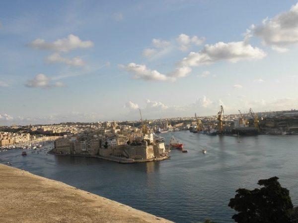 アッパーバラッカ ガーデンから眺めるマルタの景色