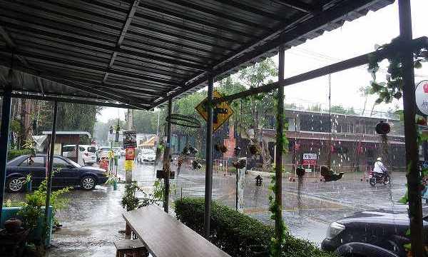 タイの突然の豪雨!inチェンマイ