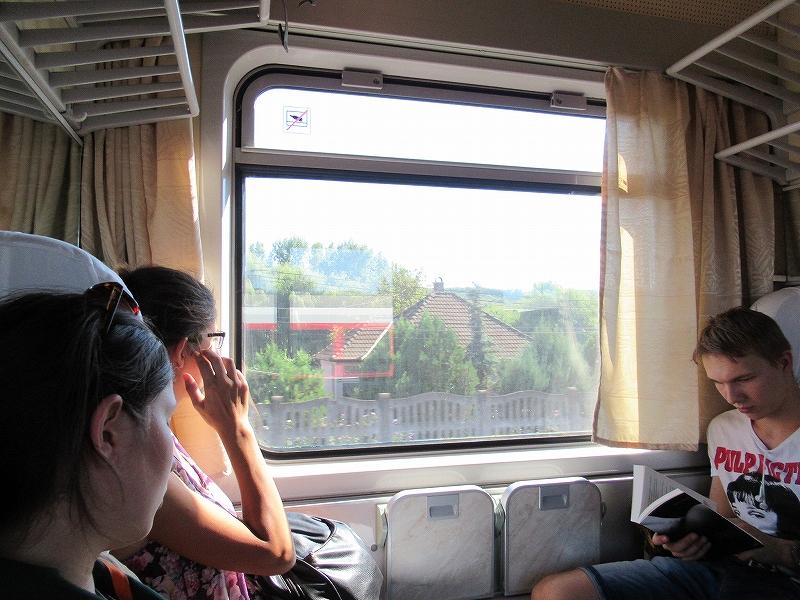ルーマニアへ向かう電車の中