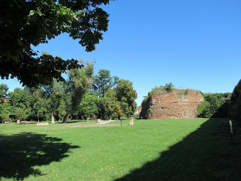 ルーマニア観光:オラデア大城塞