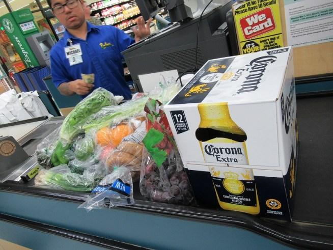 ペイレススーパーマーケットでたくさん買い出し♪