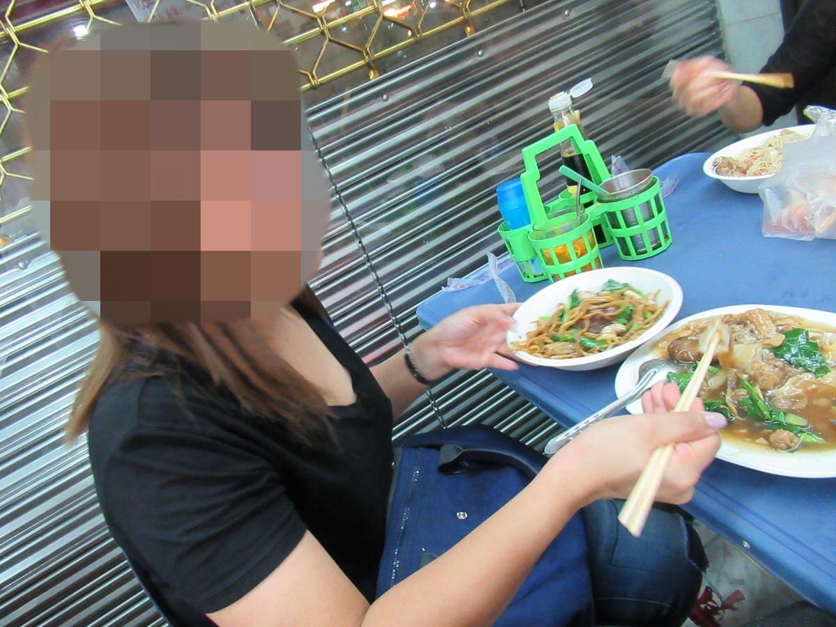 タイの友達!ご飯を楽しむ中華街