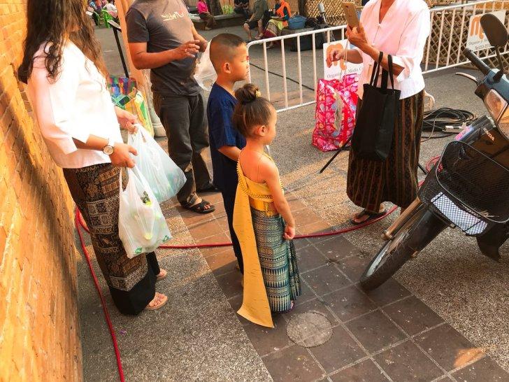 子どももタイの正装・ソンクラーン