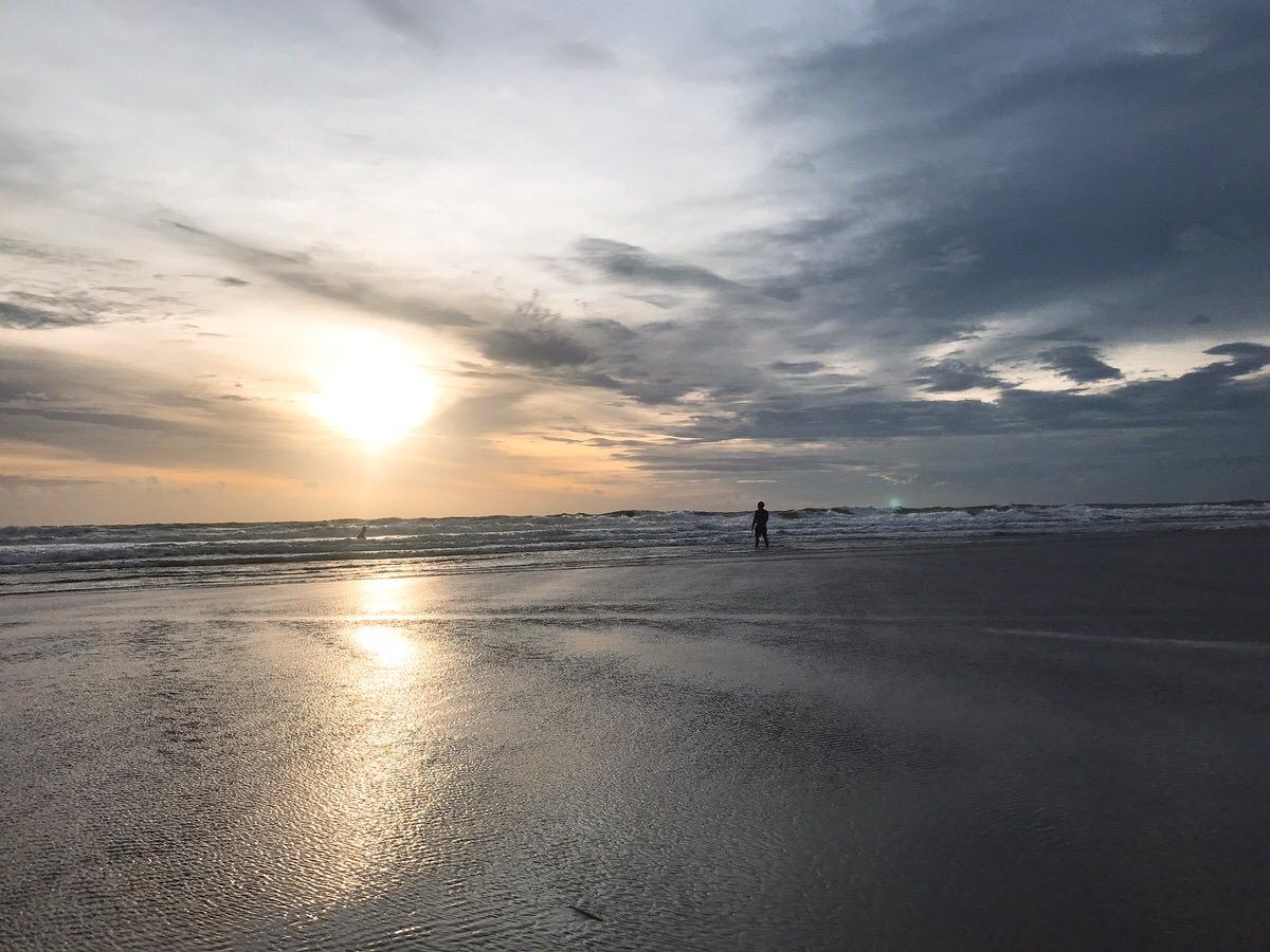 ダブル・シックス・ビーチ:バリ島・インドネシア