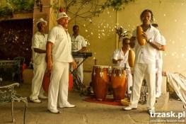 A może kubańskie rytmy na lepsze trawienie?