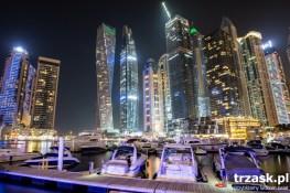 Dubaj Marina. Wbrew pozorom to dzielnica mieszkaniowa. Czyli taki Mokotów ,tylko że dla szejków