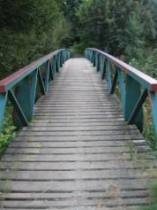 Csak az megy át a hídon...