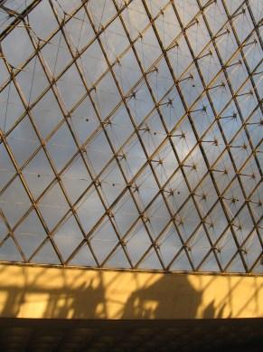 Párizs, tavasz, Louvre...