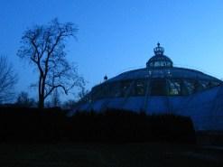 Szóval a Királyi UFO park...