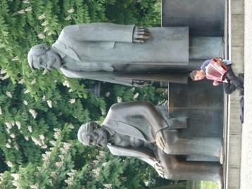 Marx Engels és a tangó harmónika