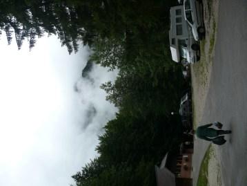 A felhők mőgött egy nagy hegy van...
