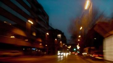 Mindig csak Budapest kell, Ez a szép hely virít éjjel mese fénnyel