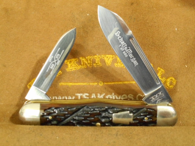 76 Swell Center Berry Worm Groove Handle