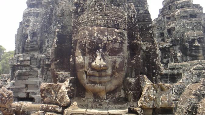 こちらもカンボジア。これぞアジアですな。石の文化に圧倒されました。
