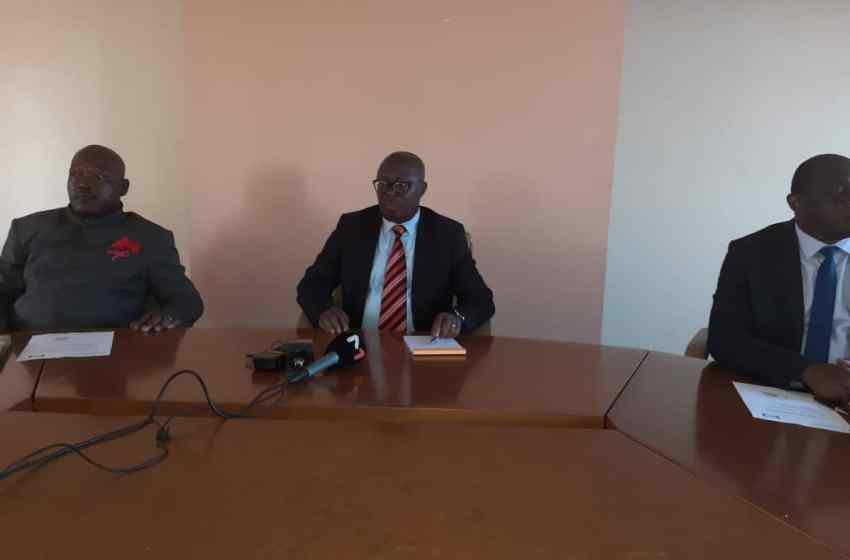Ministre de l'Enseignement Supérieure Jean de Dieu MOUKAGNI IWANGOU