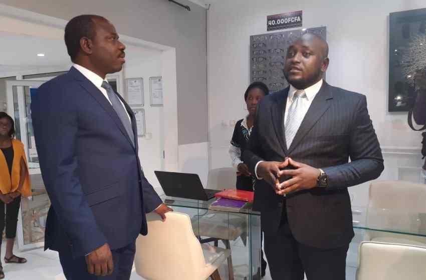 Hugues MBADINGA MADIYA en visite chez les incubateurs