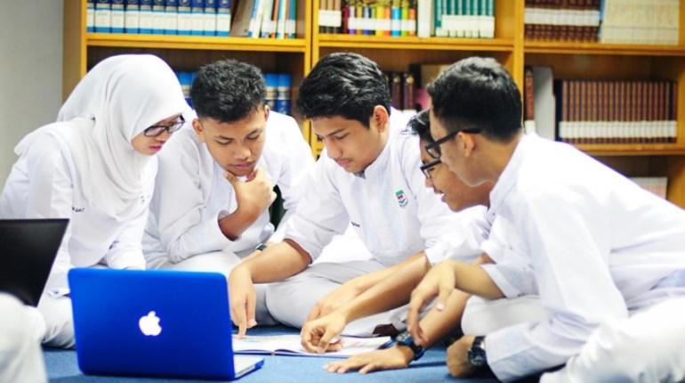 Kerjaan Yang Cocok Untuk Anak SMA