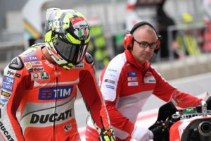 Andrea Iannone è in pole in Moto Gp (foto Ducati Press).