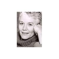 Carol Reynolds Headshot
