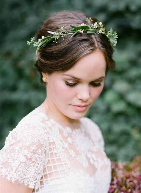 cozy fall winvian wedding wedding hair flowers bridal