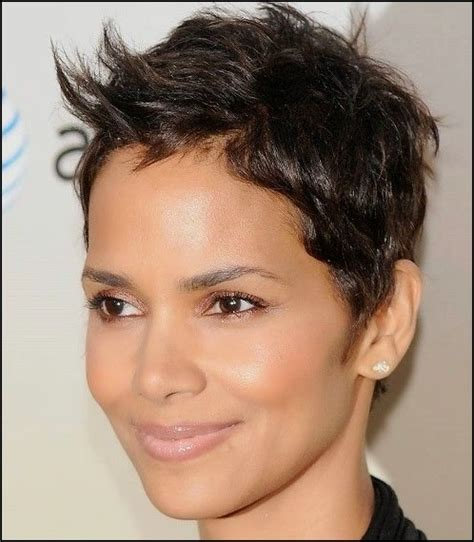 20 short hairstyles oval faces hair fashion online