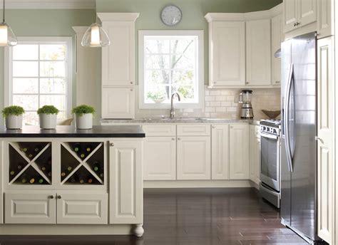 Kitchen Paint Color Light Cabinets.html