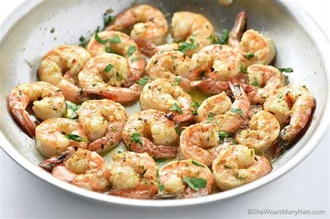 easy garlic shrimp recipe wears hats