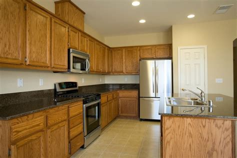 paint color advice kitchen oak cabinets thriftyfun