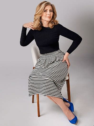 50 smart casual outfits 50 year woman 2020
