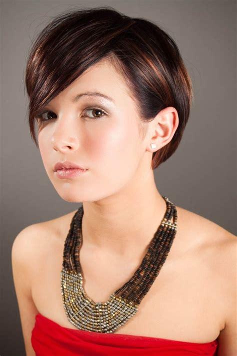 25 beautiful short hairstyles girls feed inspiration