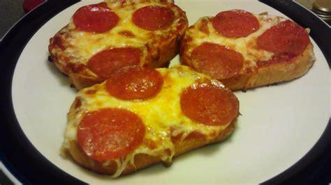 delicious easy garlic bread pizza diy food drinks
